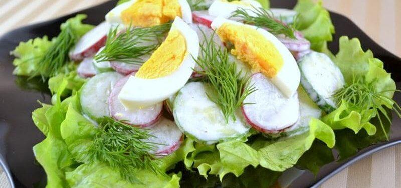 belkoviy salat dly suschki tela